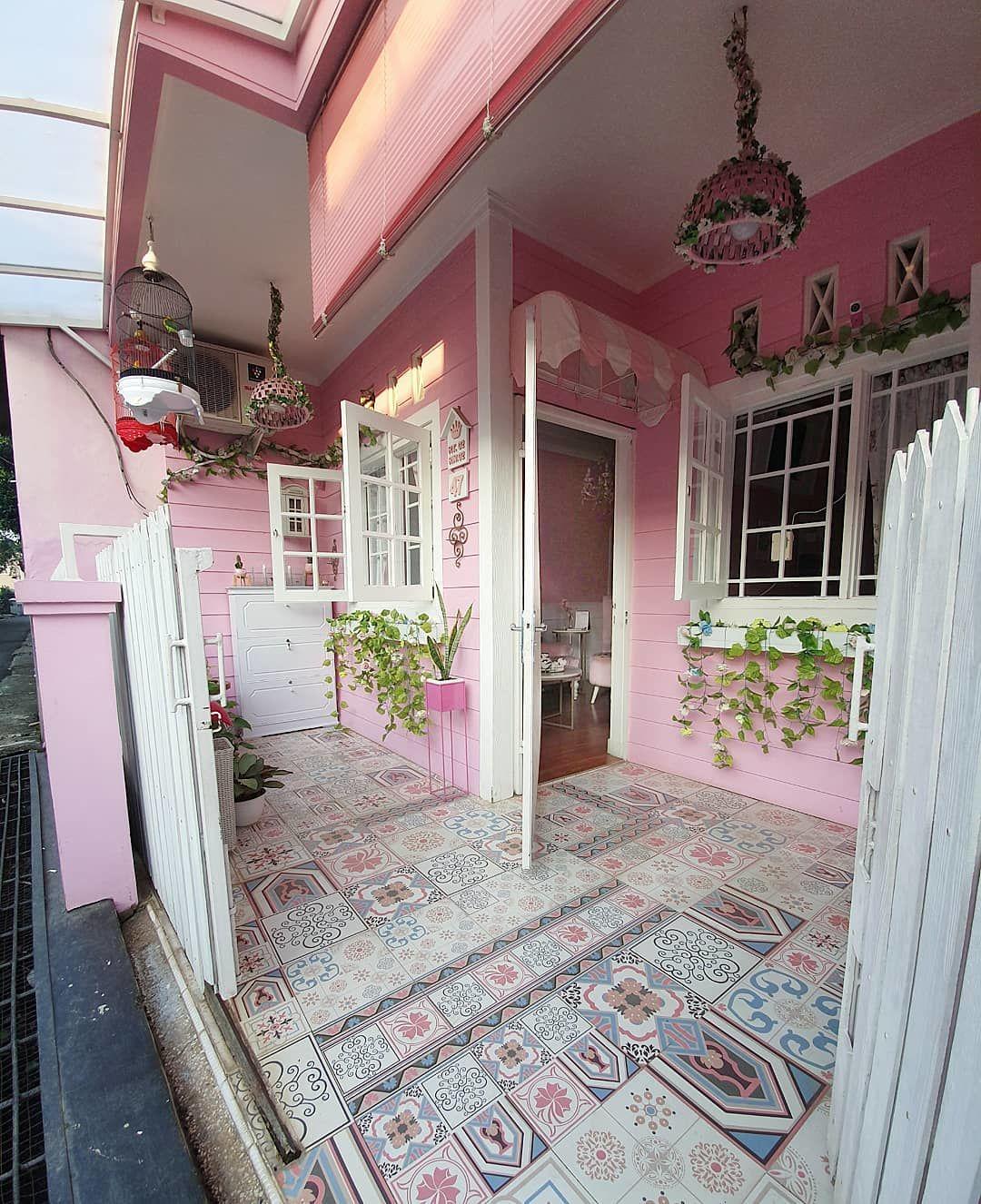 31 Foto Desain Rumah Minimalis 2 Lantai Warna Pink Terbaru Dan Terbaik -  Deagam Design