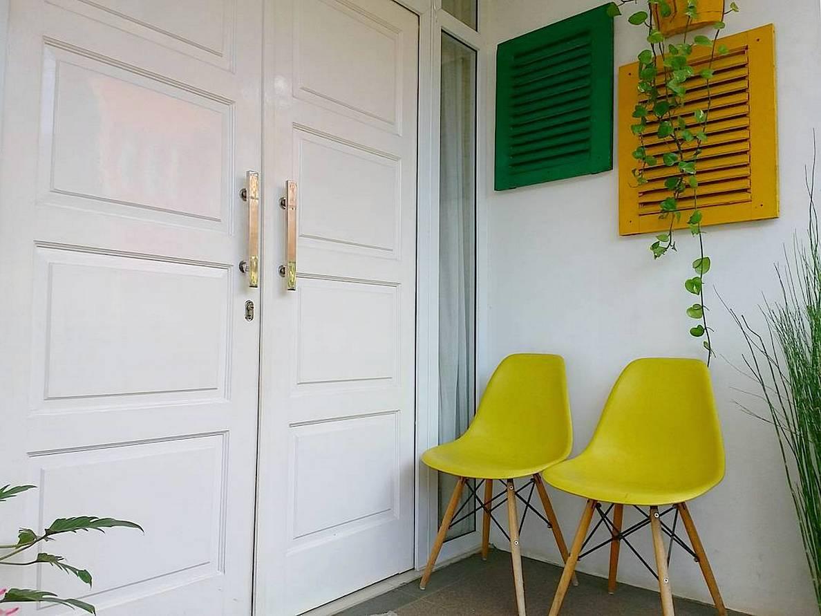 50 Trend Desain Rumah Minimalis Pintu Depan Samping Paling Populer di Dunia