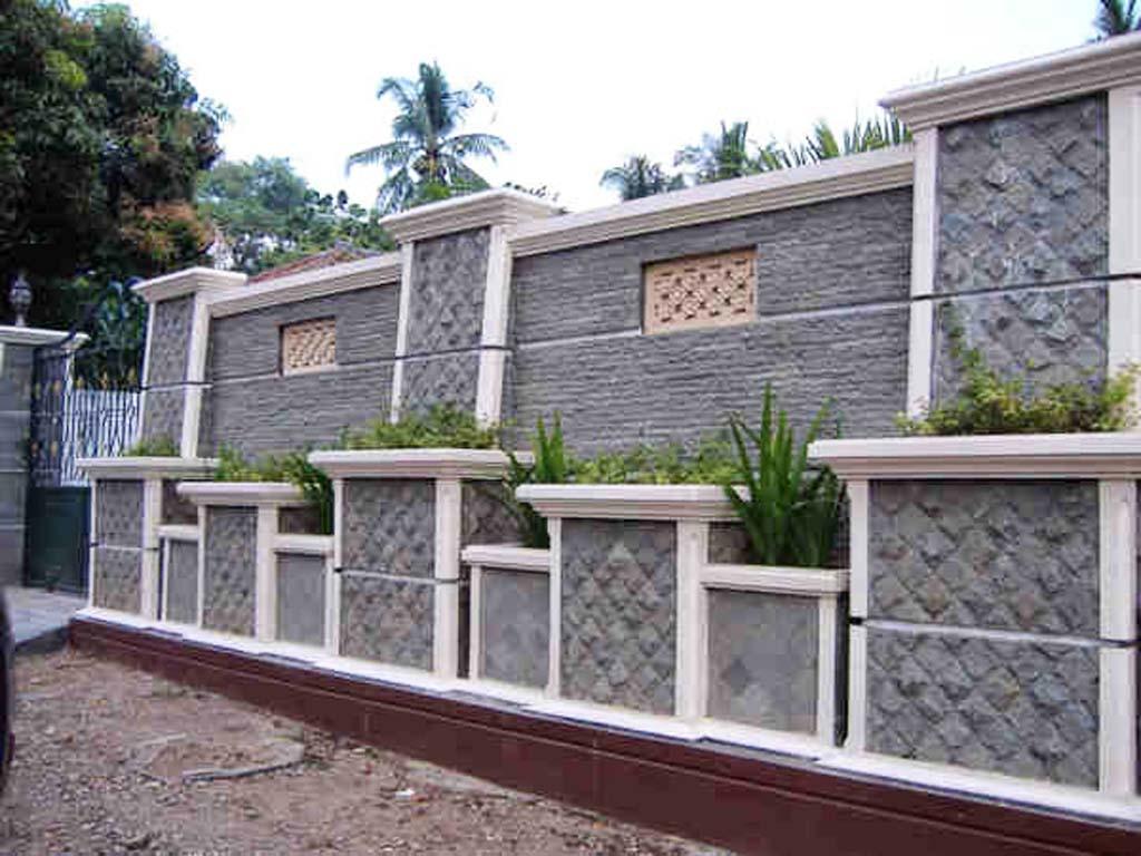 95 Contoh Desain Pagar Rumah Klasik Dengan Batu Alam ...